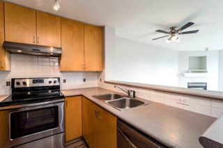 "Photo 3: 409 124 W 3RD Street in North Vancouver: Lower Lonsdale Condo for sale in ""THE VOGUE"" : MLS®# R2245605"