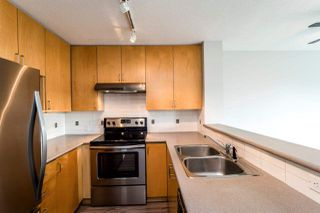 "Photo 2: 409 124 W 3RD Street in North Vancouver: Lower Lonsdale Condo for sale in ""THE VOGUE"" : MLS®# R2245605"