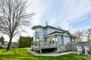 Photo 20: 6588 CLAYTONHILL Place in Surrey: Cloverdale BC House for sale (Cloverdale)  : MLS®# R2250469