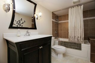Photo 16: 36515 LESTER PEARSON Way in Abbotsford: Abbotsford East House for sale : MLS®# R2261076