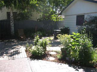 Photo 3: 2211 PALISWOOD Road SW in Calgary: Palliser House for sale : MLS®# C4180996
