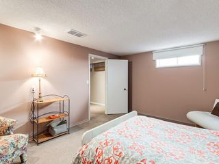 Photo 34: 2211 PALISWOOD Road SW in Calgary: Palliser House for sale : MLS®# C4180996
