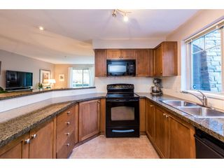 """Photo 10: 1111 248 SHERBROOKE Street in New Westminster: Sapperton Condo for sale in """"Copperstone"""" : MLS®# R2262147"""