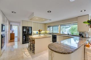 Photo 6: 6363 BUCKINGHAM Drive in Burnaby: Buckingham Heights House for sale (Burnaby South)  : MLS®# R2267440