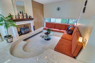 Photo 8: 6363 BUCKINGHAM Drive in Burnaby: Buckingham Heights House for sale (Burnaby South)  : MLS®# R2267440