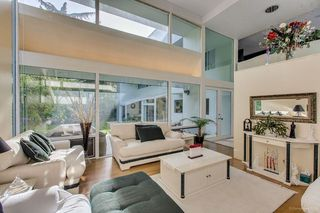 Photo 4: 6363 BUCKINGHAM Drive in Burnaby: Buckingham Heights House for sale (Burnaby South)  : MLS®# R2267440