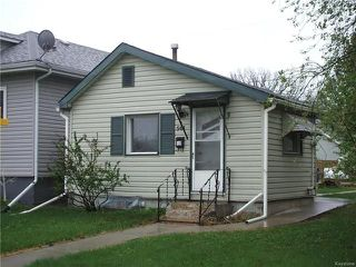 Photo 1: 568 Prosper Street in Winnipeg: Norwood Residential for sale (2B)  : MLS®# 1813059