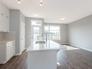 Photo 3: 48 SKYVIEW Circle NE in Calgary: Skyview Ranch Row/Townhouse for sale : MLS®# C4201044