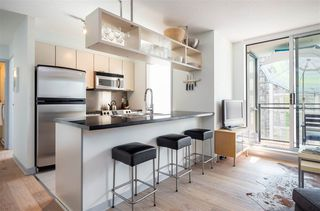 """Photo 4: 1106 1082 SEYMOUR Street in Vancouver: Downtown VW Condo for sale in """"FREESIA"""" (Vancouver West)  : MLS®# R2297152"""
