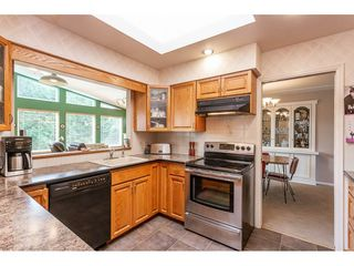 Photo 3: 319 MOUNT ROYAL Place in Port Moody: College Park PM House for sale : MLS®# R2298047