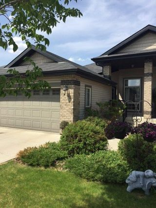 Main Photo: 34 276 Cranford Drive NW: Sherwood Park House Half Duplex for sale : MLS®# E4128225