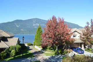 "Photo 2: 14 BEACH Drive: Furry Creek Townhouse for sale in ""Oliver's Landing"" (West Vancouver)  : MLS®# R2311872"