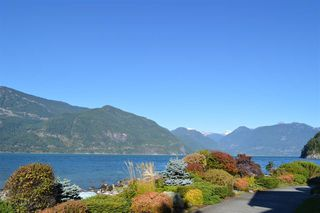 "Photo 16: 14 BEACH Drive: Furry Creek Townhouse for sale in ""Oliver's Landing"" (West Vancouver)  : MLS®# R2311872"