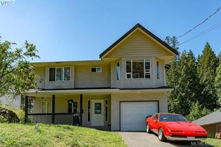 Photo 1: 3285 Fulton Rd in VICTORIA: Co Triangle House for sale (Colwood)  : MLS®# 805259