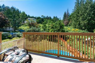 Photo 10: 3285 Fulton Rd in VICTORIA: Co Triangle House for sale (Colwood)  : MLS®# 805259