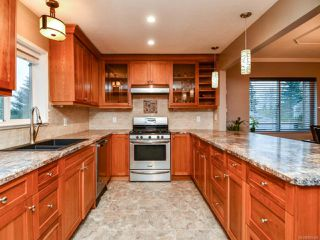 Photo 12: 220 STRATFORD DRIVE in CAMPBELL RIVER: CR Campbell River Central House for sale (Campbell River)  : MLS®# 805460