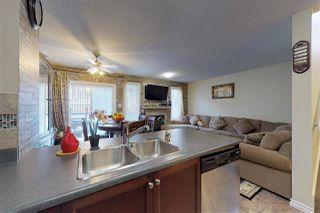 Photo 3: 3197 WHITELAW Drive in Edmonton: Zone 56 House Half Duplex for sale : MLS®# E4145136