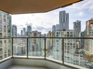 Photo 15: 1807 1189 HOWE Street in Vancouver: Downtown VW Condo for sale (Vancouver West)  : MLS®# R2344031