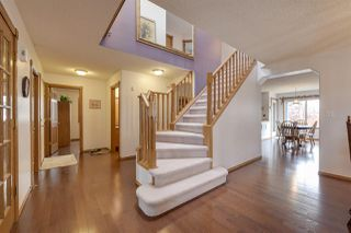Photo 2: 6227 162B Avenue in Edmonton: Zone 03 House for sale : MLS®# E4146886