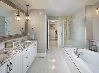 Photo 10: 2043 90 Street in Edmonton: Zone 53 House for sale : MLS®# E4153540