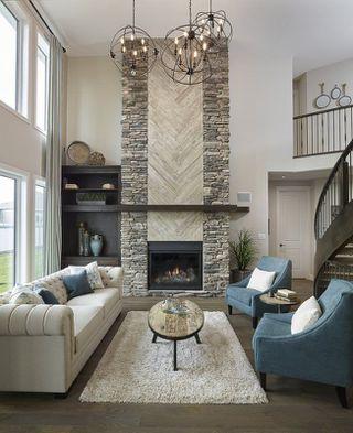 Photo 3: 2043 90 Street in Edmonton: Zone 53 House for sale : MLS®# E4153540