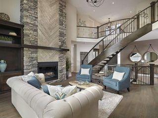Photo 2: 2043 90 Street in Edmonton: Zone 53 House for sale : MLS®# E4153540