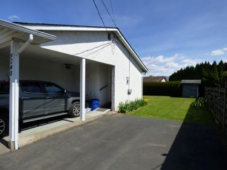 Photo 3: 9240 COOTE Street in Chilliwack: Chilliwack E Young-Yale House for sale : MLS®# R2365637