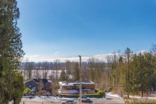 Photo 13: 4467 MARINE Drive in Burnaby: South Slope House for sale (Burnaby South)  : MLS®# R2370560