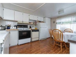 Photo 6: 68 9080 198 Street in Langley: Walnut Grove Manufactured Home for sale : MLS®# R2373113