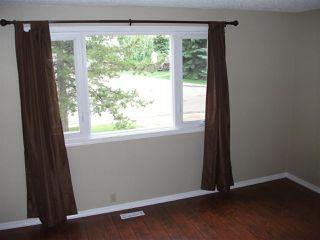 Photo 2: 1324 39 Street in Edmonton: Zone 29 House Half Duplex for sale : MLS®# E4158957