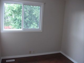 Photo 11: 1324 39 Street in Edmonton: Zone 29 House Half Duplex for sale : MLS®# E4158957