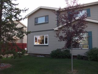 Photo 1: 1324 39 Street in Edmonton: Zone 29 House Half Duplex for sale : MLS®# E4158957