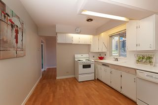 """Photo 6: 933 TUXEDO Drive in Port Moody: College Park PM House for sale in """"COLLEGE PARK"""" : MLS®# R2375376"""