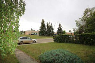 Photo 3: 4216 105B Avenue in Edmonton: Zone 19 House for sale : MLS®# E4160435