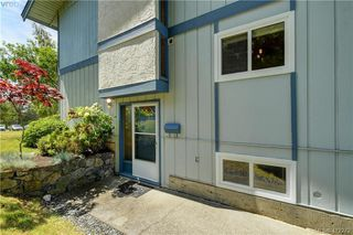 Photo 2: 31 3987 Gordon Head Road in VICTORIA: SE Arbutus Row/Townhouse for sale (Saanich East)  : MLS®# 412272