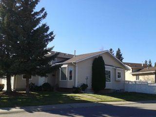 Photo 2: 236 Lago Lindo Crescent in Edmonton: Zone 28 House for sale : MLS®# E4162379