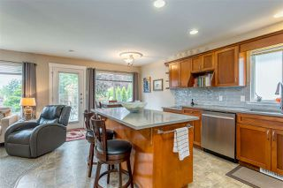 Photo 3: 8444 DOERKSEN Drive in Mission: Mission BC House for sale : MLS®# R2382332