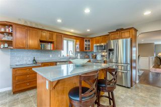 Photo 4: 8444 DOERKSEN Drive in Mission: Mission BC House for sale : MLS®# R2382332