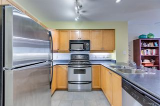 Photo 10: 208 38 SEVENTH Avenue in New Westminster: GlenBrooke North Condo for sale : MLS®# R2383369