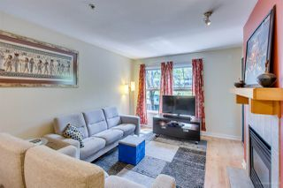 Photo 4: 208 38 SEVENTH Avenue in New Westminster: GlenBrooke North Condo for sale : MLS®# R2383369