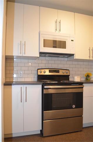 Photo 2: 566 Harbison Avenue in Winnipeg: Elmwood Residential for sale (3A)  : MLS®# 1918656