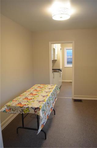 Photo 5: 566 Harbison Avenue in Winnipeg: Elmwood Residential for sale (3A)  : MLS®# 1918656