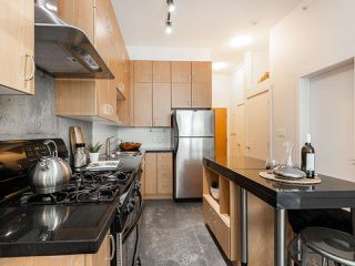 "Photo 6: 205 2635 PRINCE EDWARD Street in Vancouver: Mount Pleasant VE Condo for sale in ""Soma Lofts"" (Vancouver East)  : MLS®# R2392727"