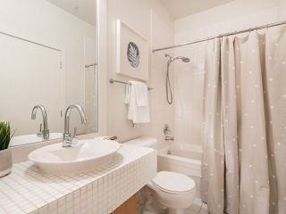 """Photo 14: 205 2635 PRINCE EDWARD Street in Vancouver: Mount Pleasant VE Condo for sale in """"Soma Lofts"""" (Vancouver East)  : MLS®# R2392727"""