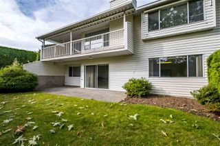 """Photo 19: 59 3054 TRAFALGAR Street in Abbotsford: Central Abbotsford Townhouse for sale in """"Whispering Pines"""" : MLS®# R2409495"""