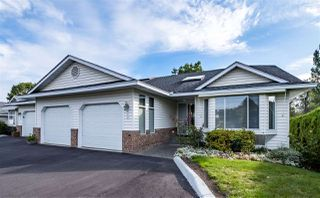 """Photo 1: 59 3054 TRAFALGAR Street in Abbotsford: Central Abbotsford Townhouse for sale in """"Whispering Pines"""" : MLS®# R2409495"""