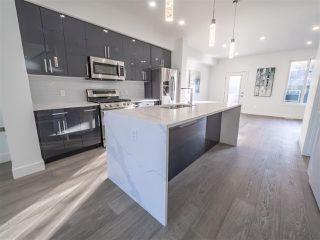 Photo 10: 8831 92 Street in Edmonton: Zone 18 House Half Duplex for sale : MLS®# E4177601