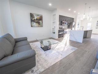 Photo 5: 8831 92 Street in Edmonton: Zone 18 House Half Duplex for sale : MLS®# E4177601