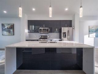 Photo 9: 8831 92 Street in Edmonton: Zone 18 House Half Duplex for sale : MLS®# E4177601