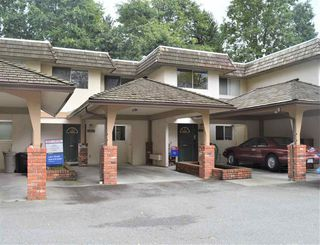 Photo 1: 11682 RITCHIE Avenue in Maple Ridge: East Central Townhouse for sale : MLS®# R2441789